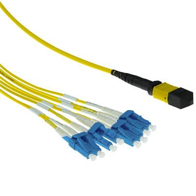 ACT 3 meter Singlemode 9/125 OS2 fanout patchcable 1 X MTP female - 4 X LC duplex 8 fibers